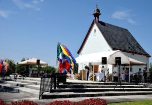 El Santuario de Miami - Luz y Camino Hacia el Padre Misericordioso